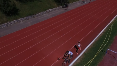 Track session in Font with some great pacing by Gary